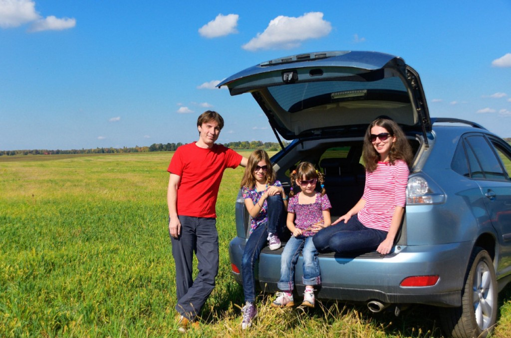 Subject: family on driving trip - dreamstime On 2013-03-07, at 11:31 AM, Byers, Jim wrote: Jim Byers Travel Editor Toronto Star office: 416-869-4337 mobile: 416-540-4361 Blog: http://thestar.blogs.com/travel twitter username: jimbyerstravel dreamstime_l_29142997.jpg